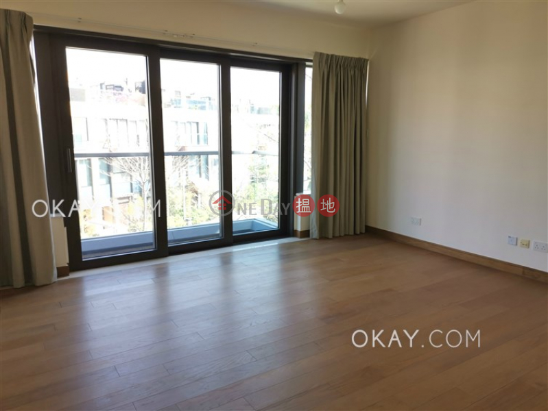 HK$ 58,000/ month, Jade Grove | Tuen Mun, Elegant house on high floor with rooftop & balcony | Rental