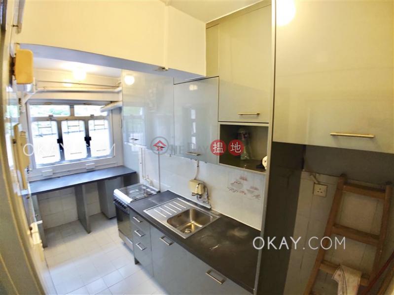 Elegant 3 bedroom with parking | Rental, Greenview Gardens 景翠園 Rental Listings | Western District (OKAY-R90618)