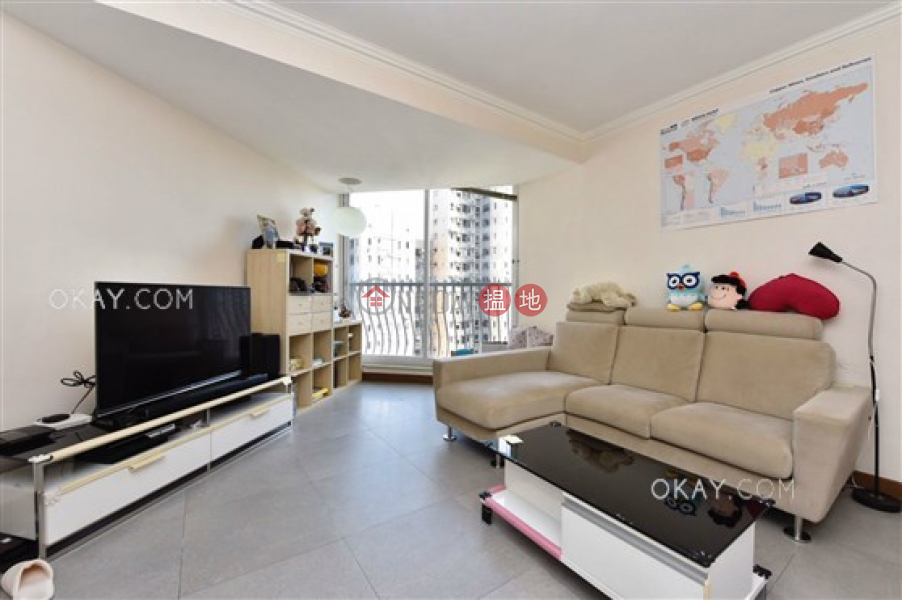 HK$ 19M | Skyview Cliff, Western District, Stylish 2 bedroom on high floor | For Sale