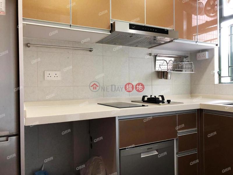 HK$ 25,000/ month Tower 1 Island Resort Chai Wan District Tower 1 Island Resort | 3 bedroom Mid Floor Flat for Rent
