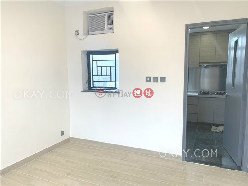 HK$ 28,000/ month Villa Claire, Eastern District Cozy 2 bedroom on high floor | Rental