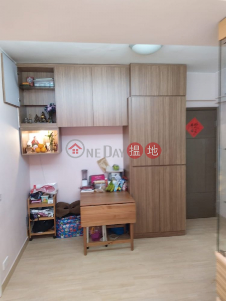 Property Search Hong Kong   OneDay   Residential, Sales Listings (Renovated) Island East Hub, walking distance to Taikoo / Kornhill, Square-size living area and bedrooms, Open view