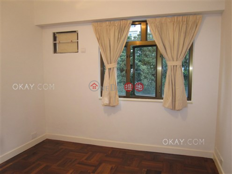 HK$ 56,000/ month Emerald Gardens, Western District Charming 3 bedroom with parking | Rental