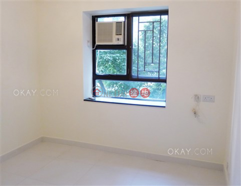Property Search Hong Kong | OneDay | Residential Sales Listings Nicely kept 3 bedroom with parking | For Sale
