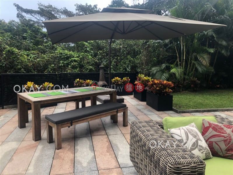 Gorgeous house with sea views, rooftop & terrace   For Sale   Tsam Chuk Wan Village House 斬竹灣村屋 Sales Listings