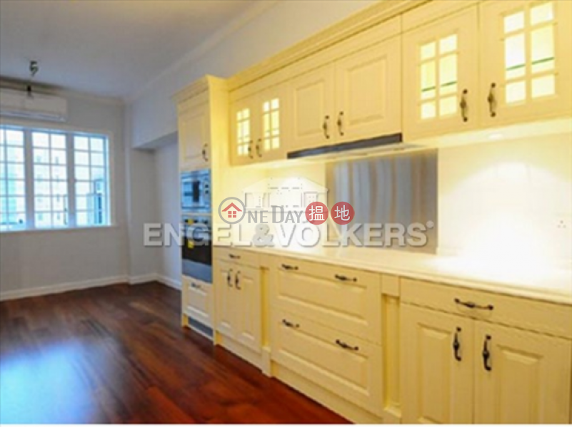 3 Bedroom Family Flat for Sale in Mid Levels West 24-24A Caine Road | Western District | Hong Kong Sales HK$ 33M