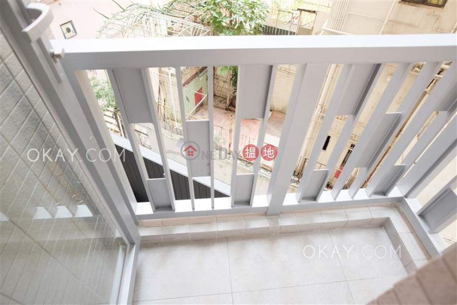 2房1廁,星級會所,露台《RESIGLOW薄扶林出租單位》8興漢道 | 西區-香港出租HK$ 33,500/ 月