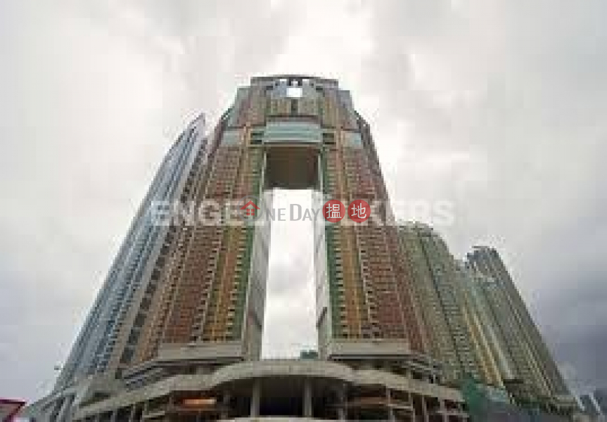 1 Bed Flat for Rent in West Kowloon, The Arch 凱旋門 Rental Listings | Yau Tsim Mong (EVHK90776)