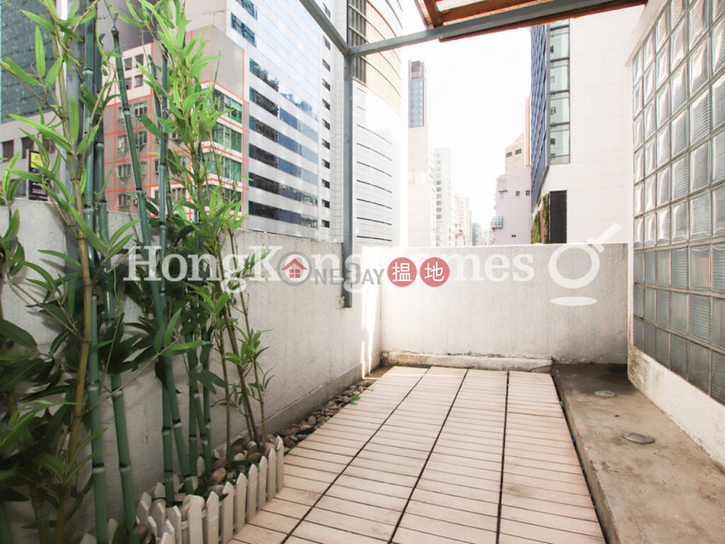 HK$ 10.5M | Golden Coronation Building, Wan Chai District | 1 Bed Unit at Golden Coronation Building | For Sale