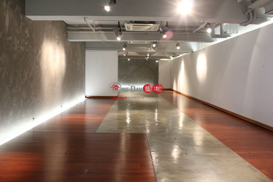 Property Search Hong Kong | OneDay | Industrial | Rental Listings Tin Wan Loft For Sale / Lease