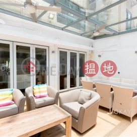 Tasteful house with rooftop, terrace & balcony | For Sale|48 Sheung Sze Wan Village(48 Sheung Sze Wan Village)Sales Listings (OKAY-S322225)_0