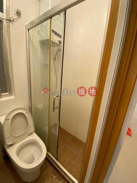 HK$ 14,800/ month Sing Tak Building, Wan Chai District Flat for Rent in Sing Tak Building, Wan Chai