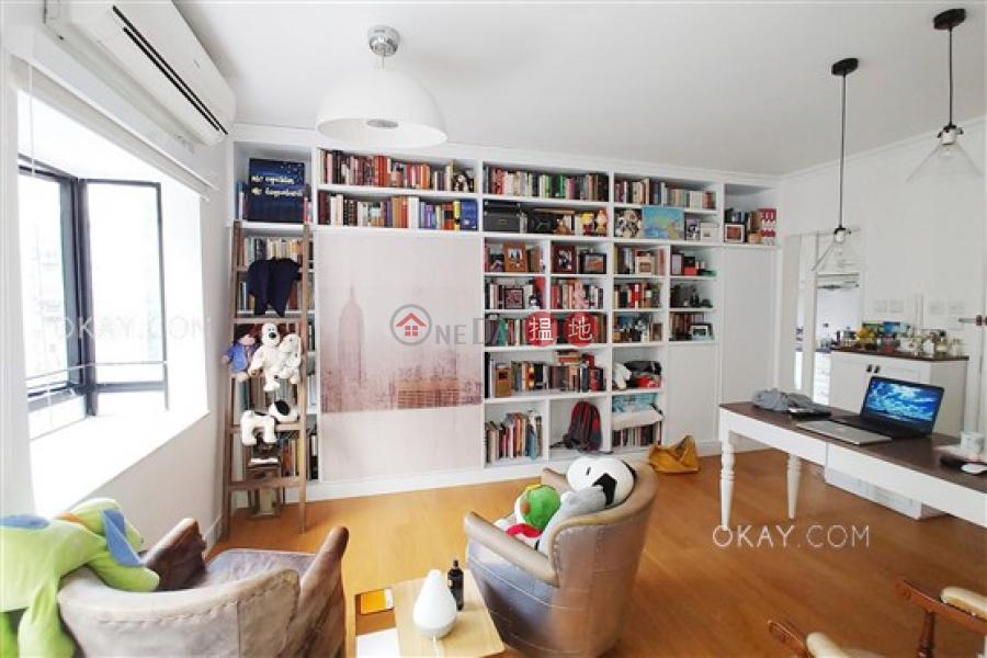 HK$ 900萬|豪軒灣仔區|1房1廁,極高層,露台《豪軒出售單位》