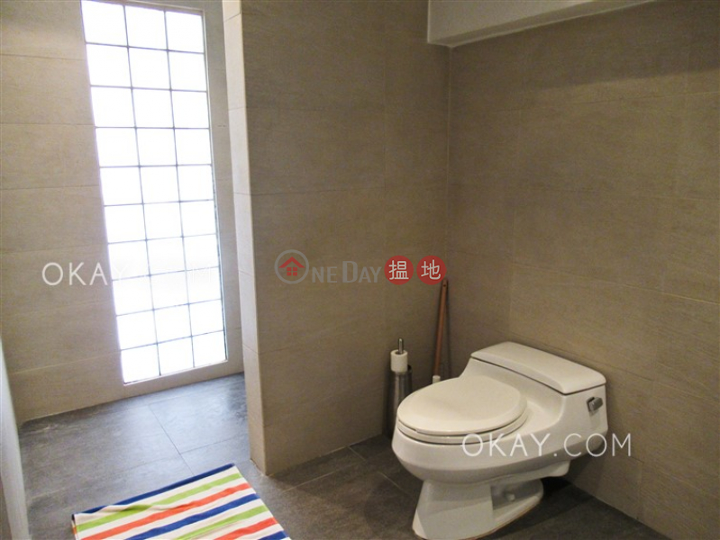 Property Search Hong Kong | OneDay | Residential Sales Listings, Tasteful 2 bedroom on high floor with rooftop | For Sale