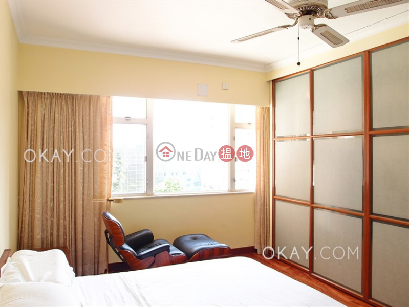 Charming 3 bedroom with balcony & parking | For Sale | Block 45-48 Baguio Villa 碧瑤灣45-48座 Sales Listings