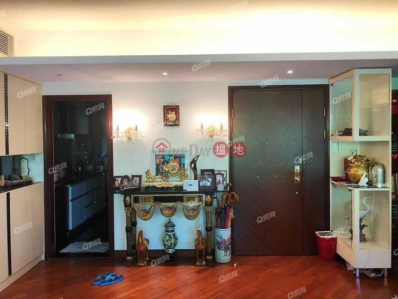HK$ 56,000/ month, The Balmoral Block 3 Tai Po District | The Balmoral Block 3 | 4 bedroom Low Floor Flat for Rent