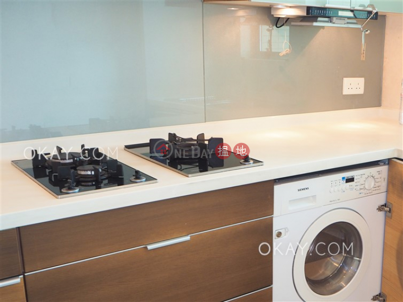 Stylish 2 bedroom on high floor with balcony | Rental | York Place York Place Rental Listings