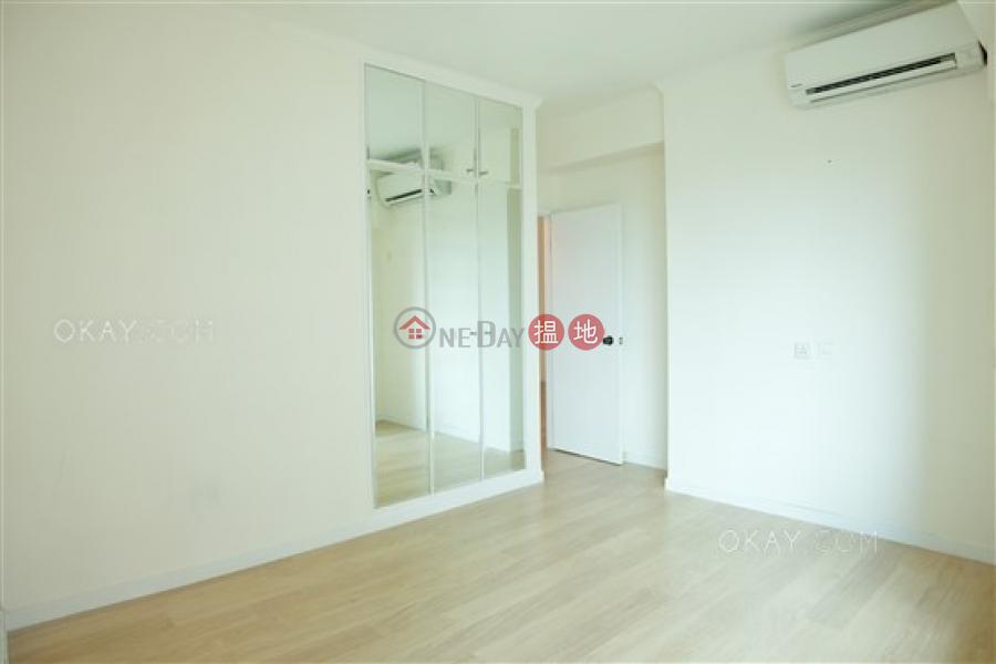 HK$ 38,000/ 月 曉峰閣-中區 2房1廁,星級會所,連車位《曉峰閣出租單位》