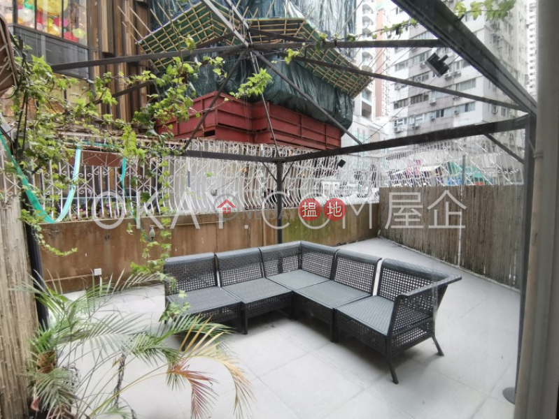 Cozy 1 bedroom with terrace   For Sale, Good View Court 豪景閣 Sales Listings   Western District (OKAY-S48988)