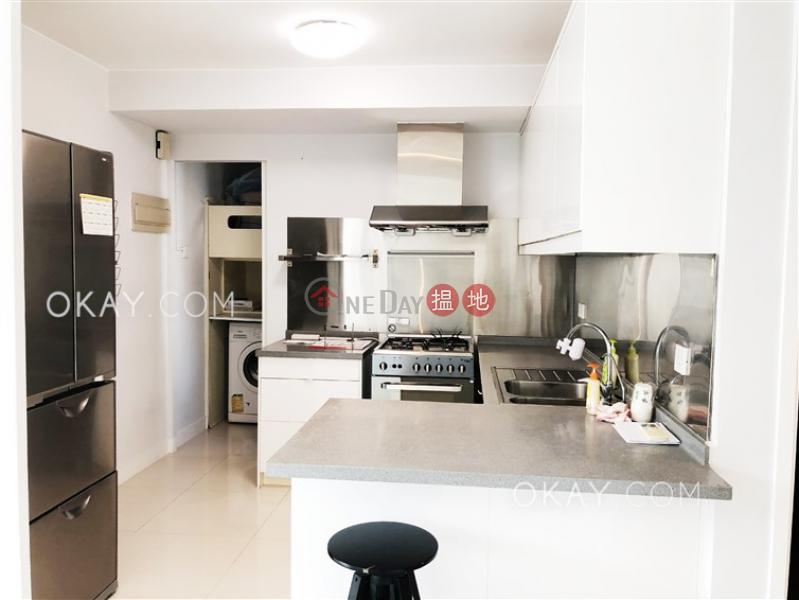 Sunshine Court   Low, Residential Rental Listings, HK$ 32,000/ month