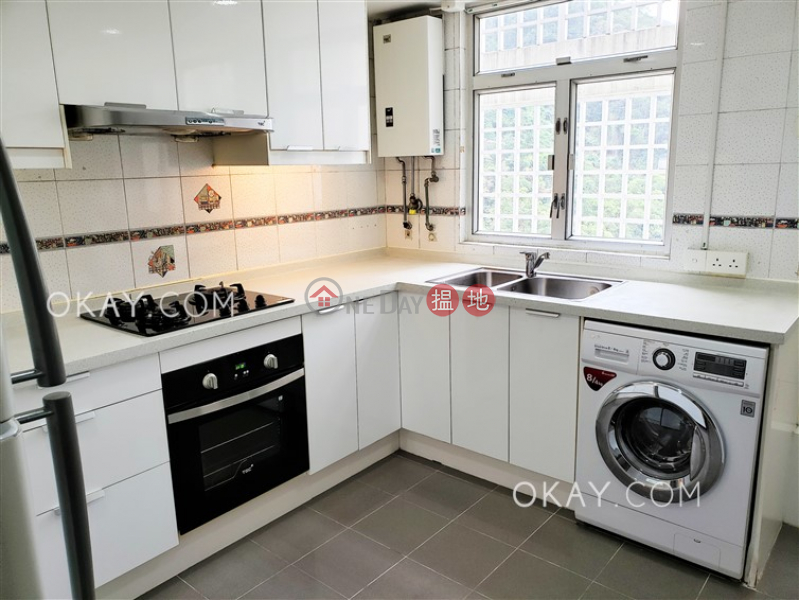 HK$ 54,800/ month Realty Gardens Western District | Efficient 3 bedroom on high floor with parking | Rental