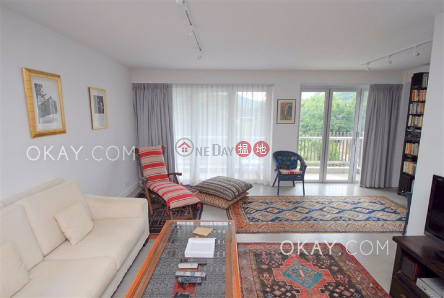 Popular house with rooftop, terrace & balcony | For Sale | Hing Keng Shek 慶徑石 Sales Listings