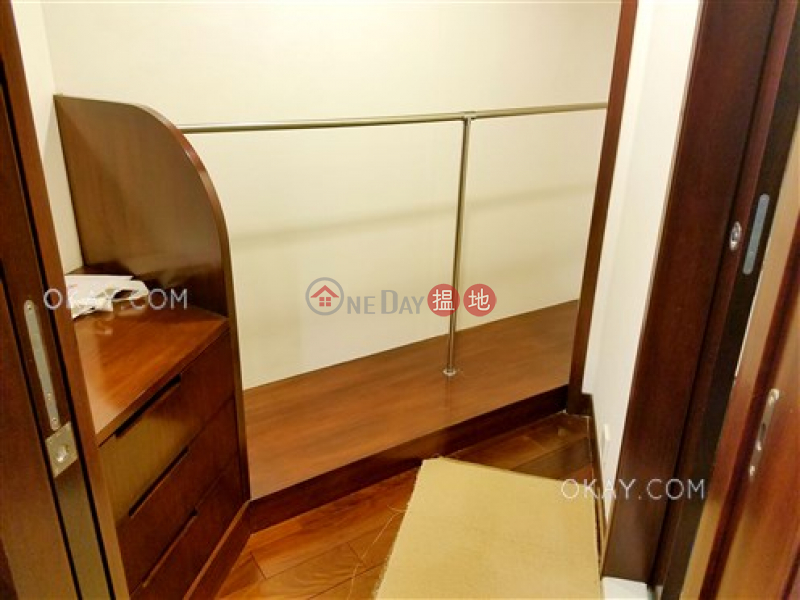 HK$ 46,000/ month Yee Hing Mansion Wan Chai District, Popular 2 bed on high floor with racecourse views | Rental