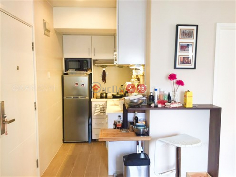 Property Search Hong Kong | OneDay | Residential | Sales Listings Tasteful high floor in Mid-levels West | For Sale