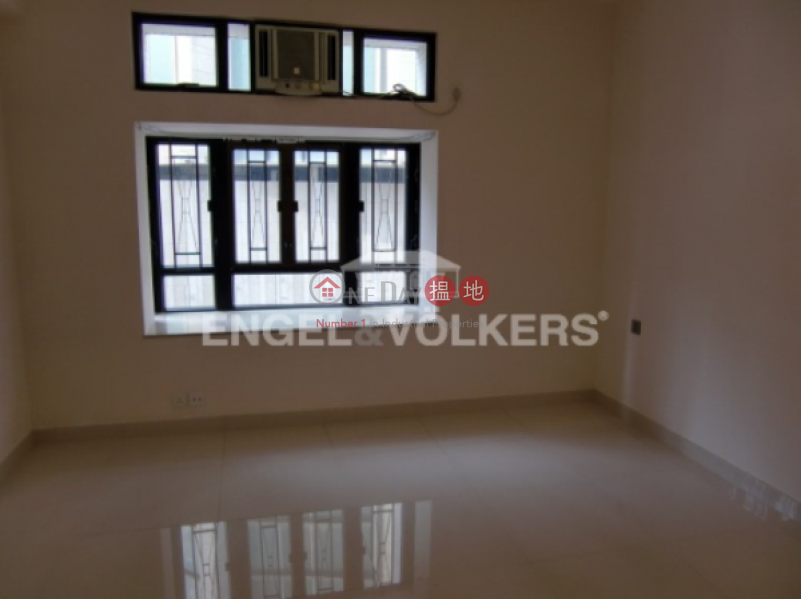 3 Bedroom Family Flat for Sale in Mid Levels - West, 58A-58B Conduit Road | Western District Hong Kong Sales, HK$ 39,800