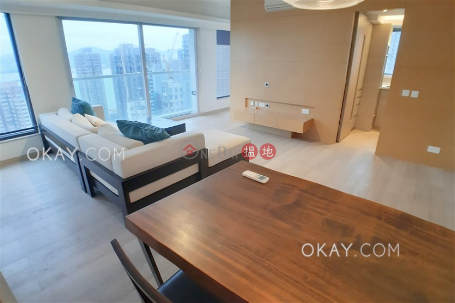 HK$ 55,000/ month | Altro, Western District Tasteful 2 bed on high floor with sea views & balcony | Rental