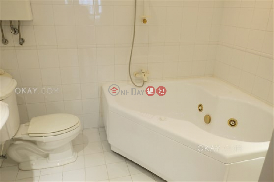HK$ 58,000/ month 21-25 Green Lane, Wan Chai District | Beautiful 3 bed on high floor with balcony & parking | Rental