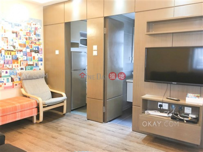 HK$ 23,000/ month, Hillier Building, Western District | Popular 2 bedroom in Sheung Wan | Rental