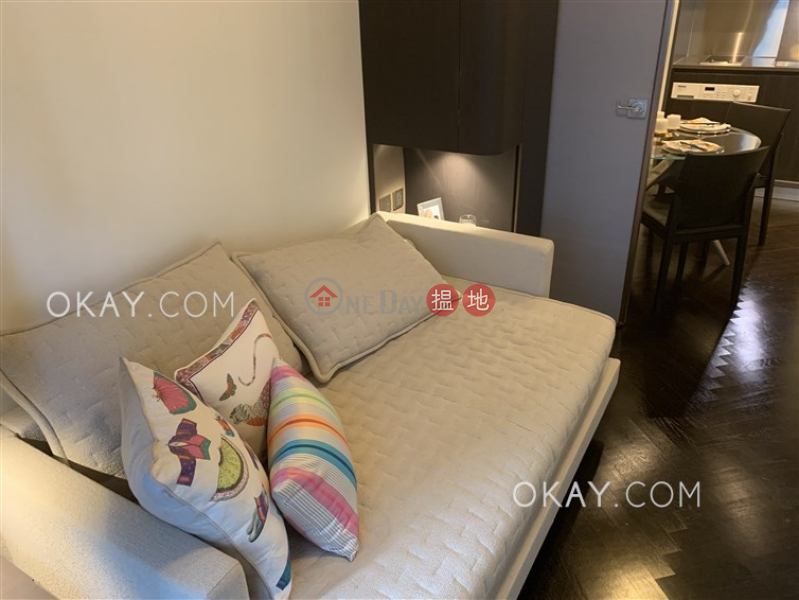 HK$ 35,000/ month, Castle One By V Western District Lovely 2 bedroom on high floor with balcony | Rental