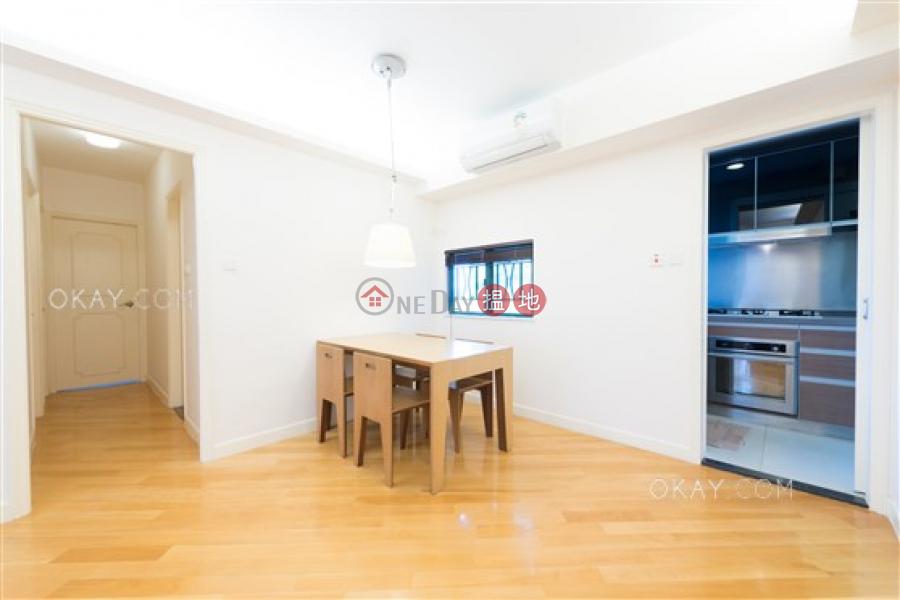 Popular 3 bedroom in Mid-levels West | Rental | 74 Robinson Road | Western District | Hong Kong Rental HK$ 33,000/ month