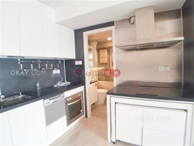 Gorgeous 2 bedroom with racecourse views & terrace | For Sale | Notting Hill 摘星閣 Sales Listings