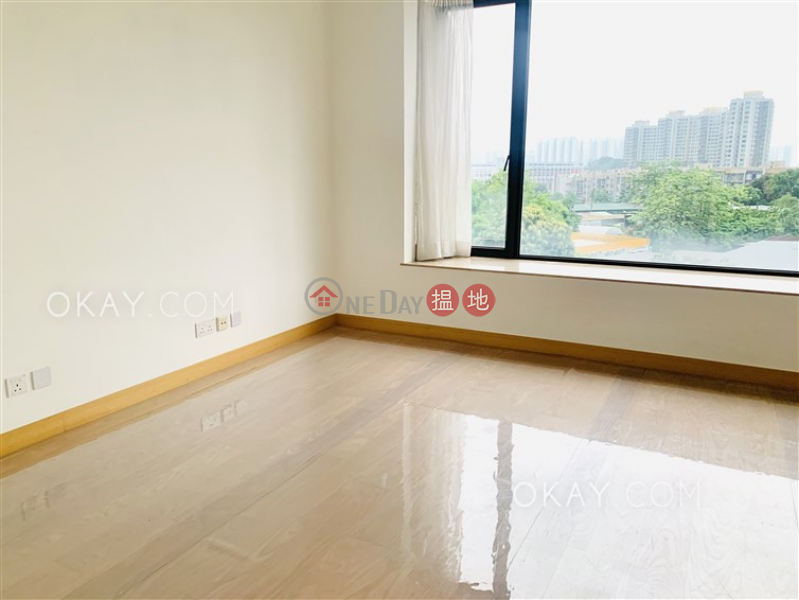 Stylish house with rooftop, terrace & balcony   For Sale   Manor Parc 珀爵 Sales Listings