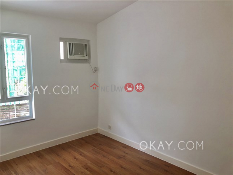 HK$ 61,000/ month | Las Pinadas | Sai Kung | Unique house with parking | Rental