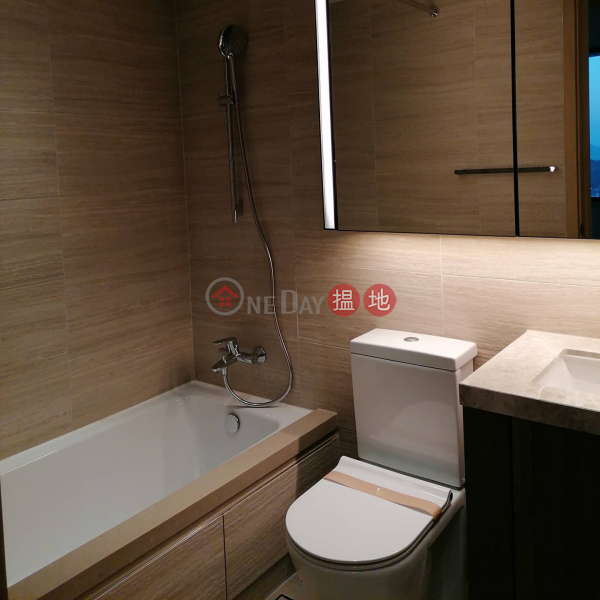 HK$ 8,000/ month, Tower 5 Phase 6 LP6 Lohas Park   Sai Kung   3 bedrooms 2 toilet share 3 lady