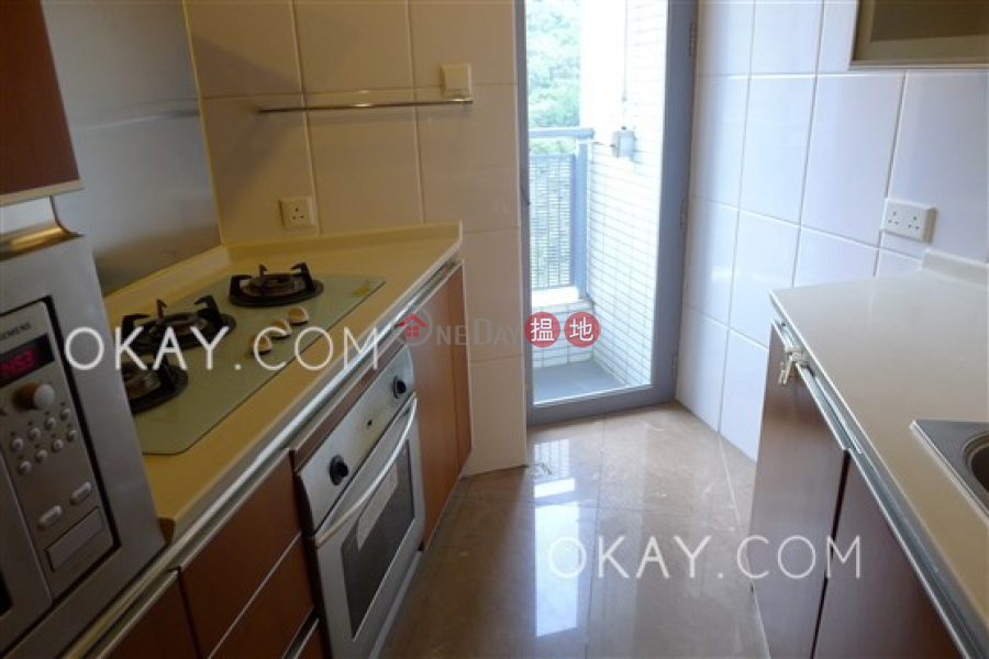 Unique 2 bedroom with balcony | Rental, Phase 1 Residence Bel-Air 貝沙灣1期 Rental Listings | Southern District (OKAY-R43062)