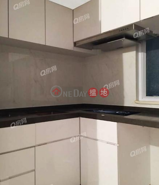HK$ 22,000/ month New Fortune House Block A Western District New Fortune House Block A | 2 bedroom High Floor Flat for Rent