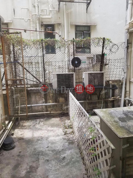 Property Search Hong Kong | OneDay | Residential, Rental Listings, 16-18 Tai Hang Road | 3 bedroom Mid Floor Flat for Rent