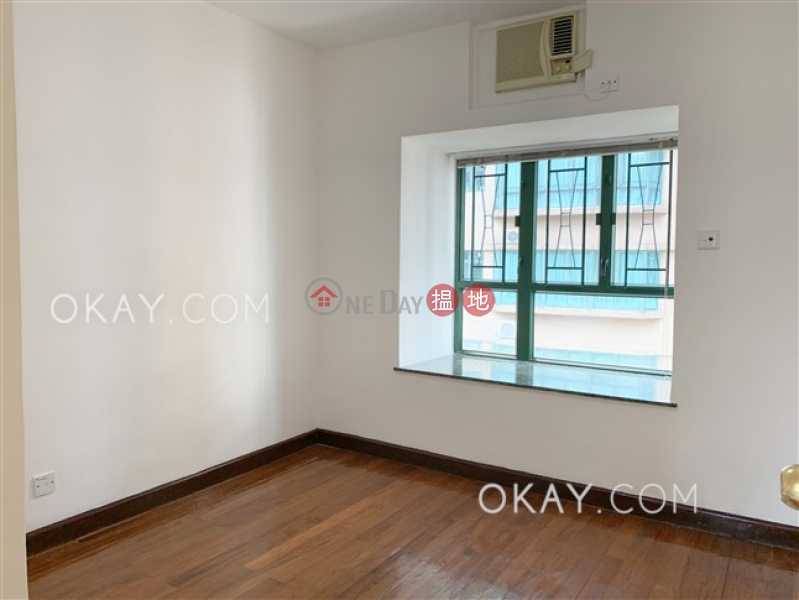 Charming 3 bedroom on high floor with parking | Rental | Monmouth Place 萬信臺 Rental Listings