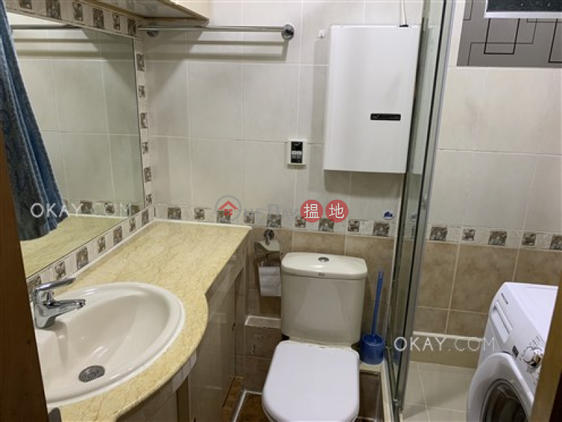 Nicely kept 3 bedroom in Quarry Bay   For Sale   (T-17) Kam Shan Mansion Kao Shan Terrace Taikoo Shing 金山閣 (17座) Sales Listings