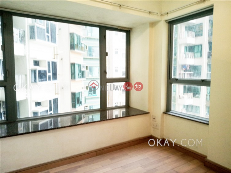 HK$ 10.3M, Tower 2 Grand Promenade, Eastern District Lovely 2 bedroom on high floor with sea views & balcony   For Sale