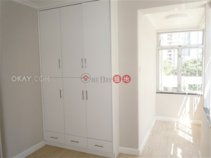 HK$ 34,000/ month City Garden Block 13 (Phase 2) Eastern District | Stylish 3 bedroom with balcony | Rental