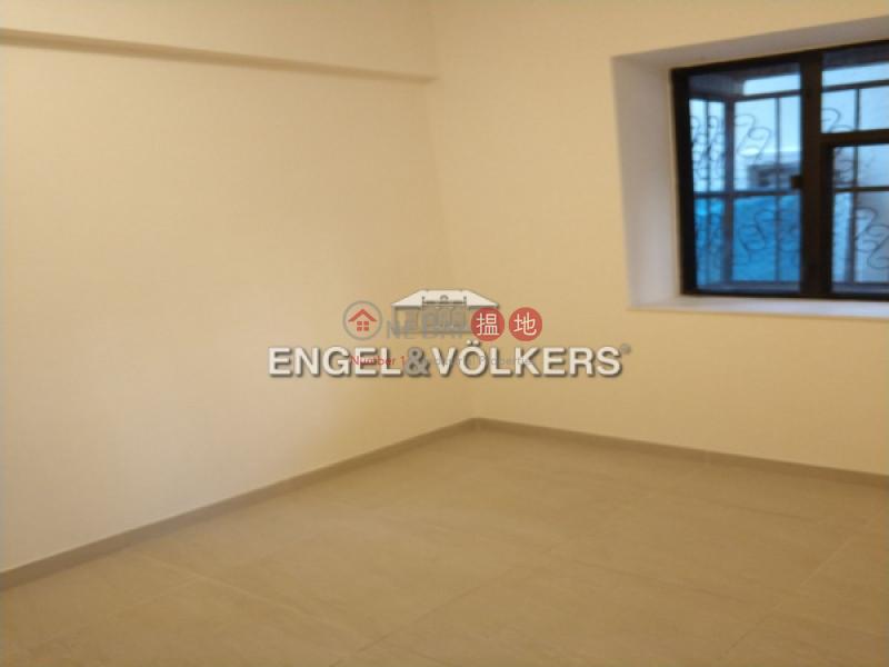 西營盤兩房一廳筍盤出售 住宅單位 金風大廈(Kam Fung Mansion)出售樓盤 (EVHK41301)