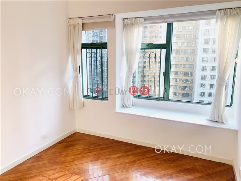 Stylish 2 bedroom in Mid-levels West | Rental | Robinson Place 雍景臺 Rental Listings