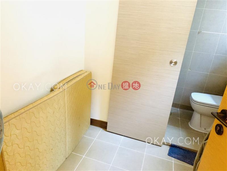 Nicely kept 4 bedroom with balcony & parking | Rental | Jade Grove 琨崙 Rental Listings