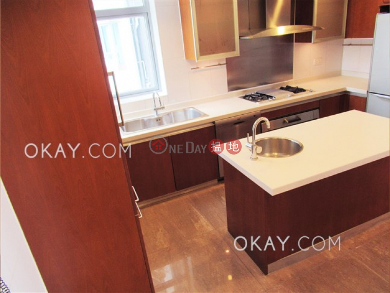 HK$ 128,000/ month, Phase 4 Bel-Air On The Peak Residence Bel-Air, Southern District, Exquisite 4 bed on high floor with sea views & balcony | Rental