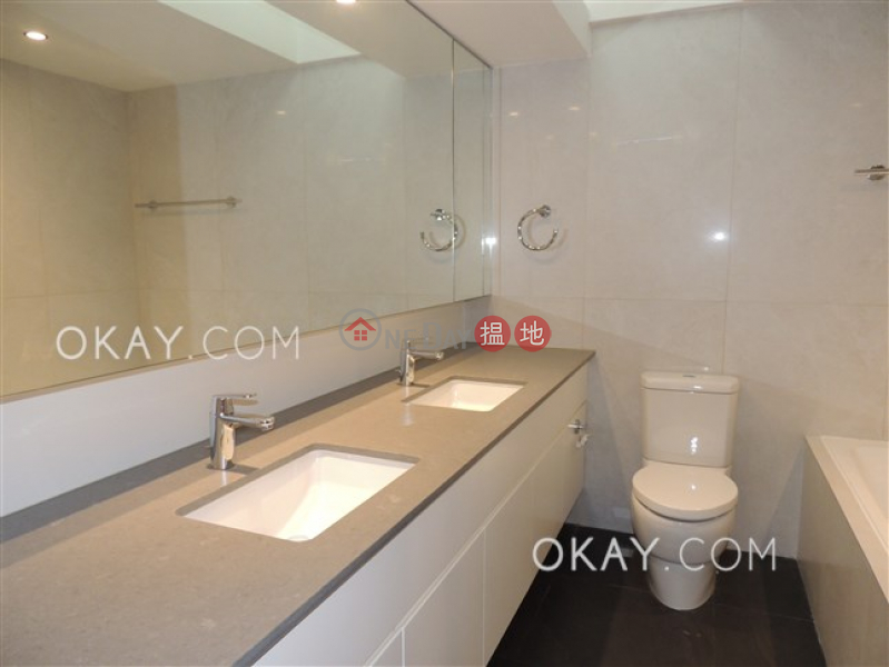 Property Search Hong Kong | OneDay | Residential | Rental Listings | Rare 4 bedroom on high floor with rooftop & balcony | Rental